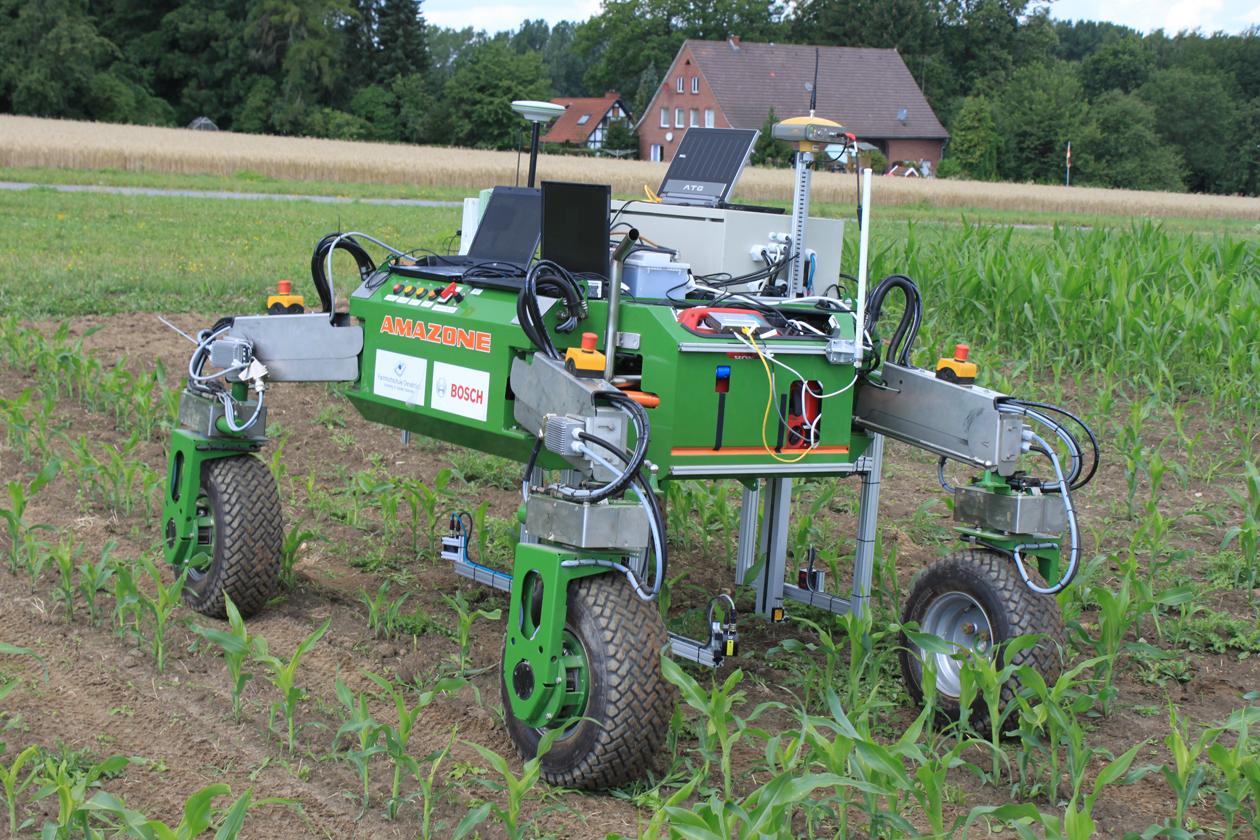Агропартс: каталог запчастин Амацоне або робот фермер BoniRob